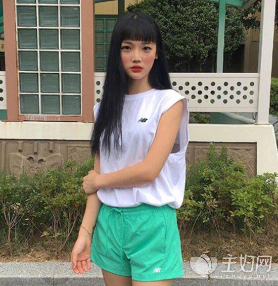 短刘海长发发型