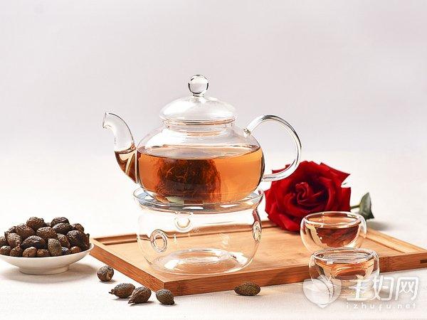 [月经量少吃什么药调理]月经量少吃什么调理 喝3种花茶让经血变多
