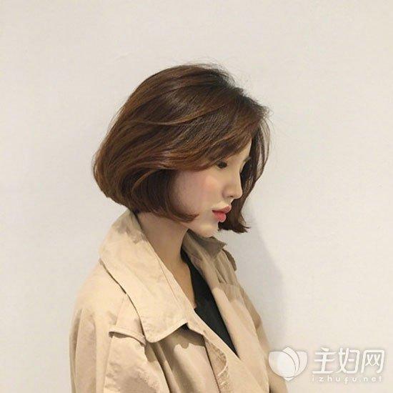 短发无刘海发型