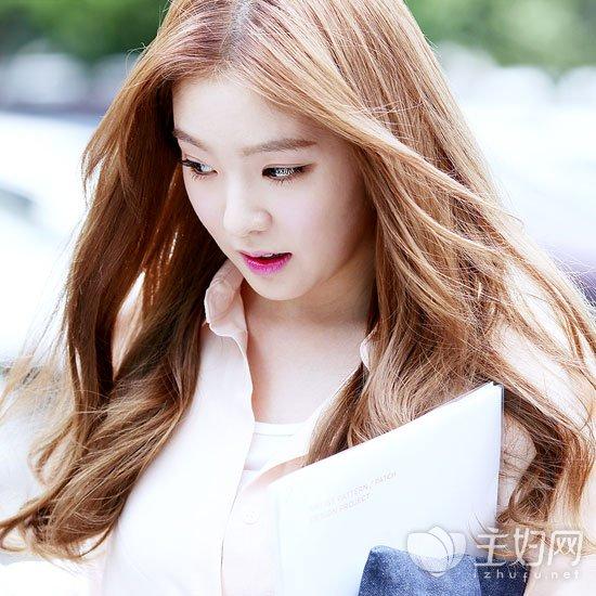 长卷发美女发型图片