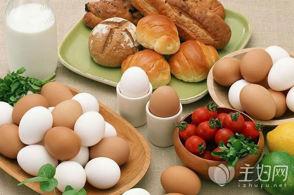 鸡蛋不能和什么一起吃