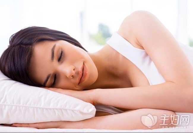 睡眠不足容易肥胖 正确的睡觉减肥法