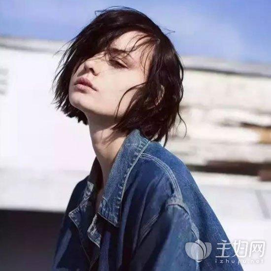 微卷短发发型图片