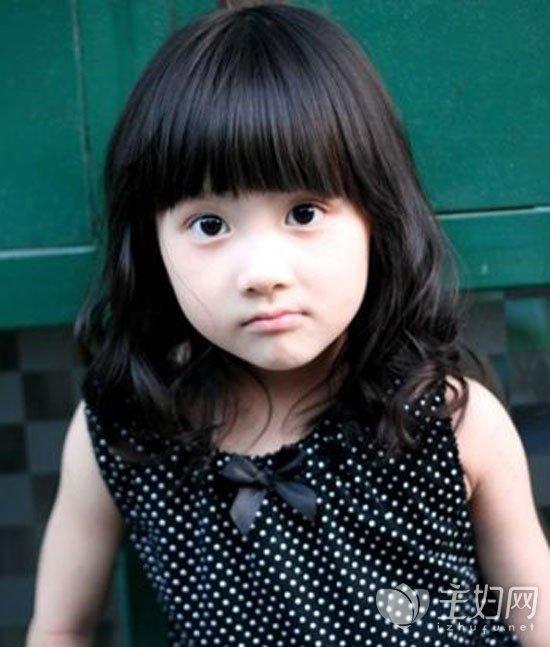 儿童短发烫发发型