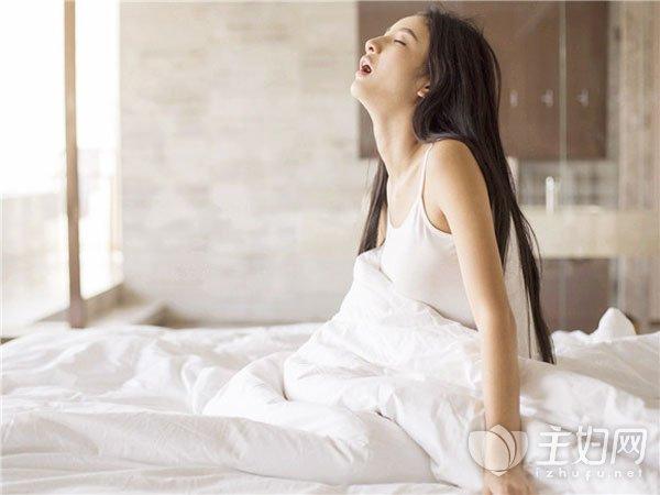 【腹痛原因女性】女性腹痛可带来4大危害 可能预示5种妇科疾病