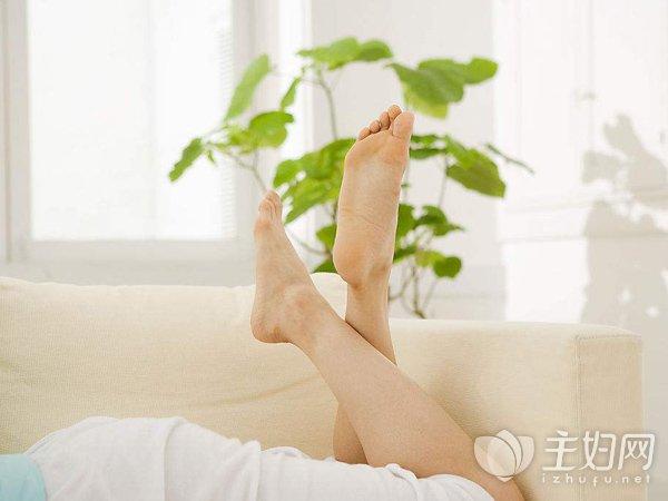 [女性晚上尿多是什么原因引起的]女性晚上尿多是什么原因 或是3种病的症状