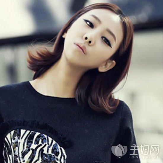 品牌服装 时尚频道 美发 > 正文     很是可爱俏皮的一款齐肩短发发型