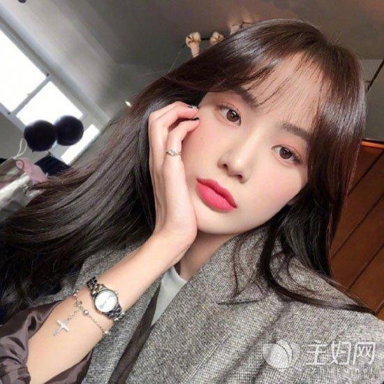 空气刘海长发发型