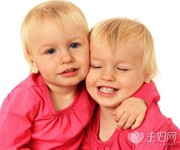 【三岁宝宝不爱说话怎么办】宝宝不爱说话怎么办 孩子性格内向如何正确引导到外向