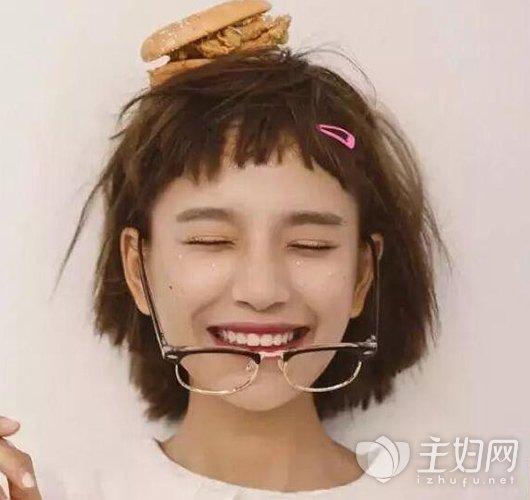 女生圆脸适合什么刘海显瘦