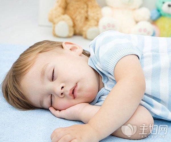 【睡觉张嘴呼吸的危害】宝宝张嘴睡觉的危害 小孩张嘴睡觉是什么原因及纠正方法