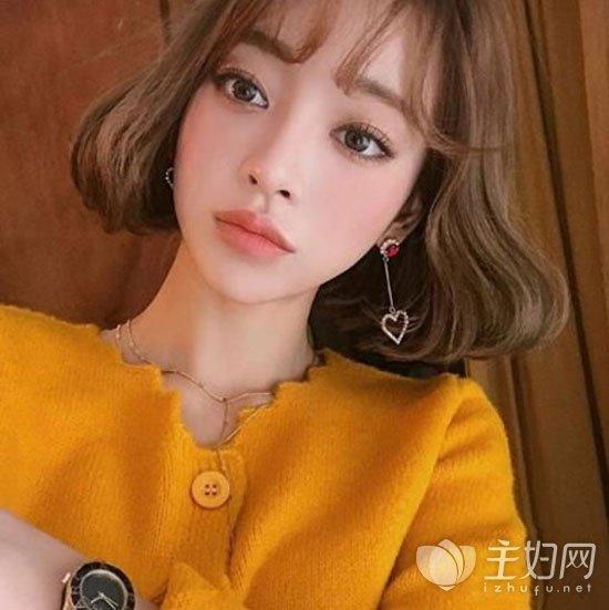韩式短发烫发发型