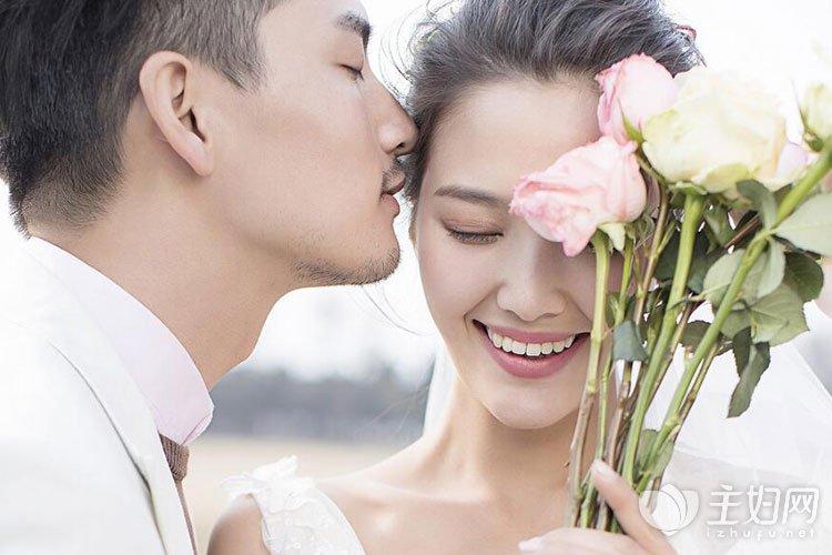 爱情中女生该不应自动