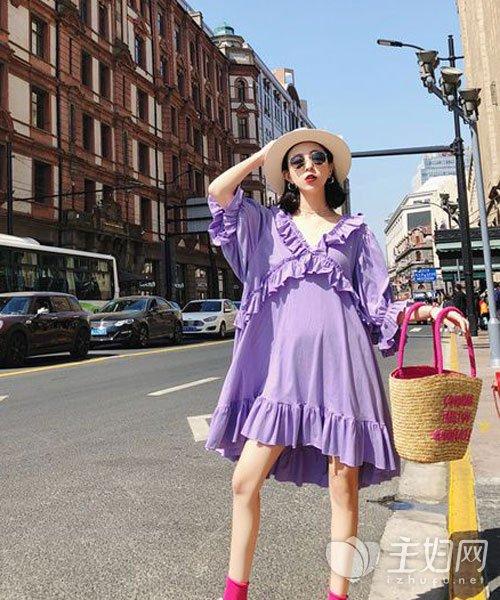 紫色连衣裙
