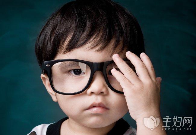 怎么预防近视眼 多吃这些食物远离近视