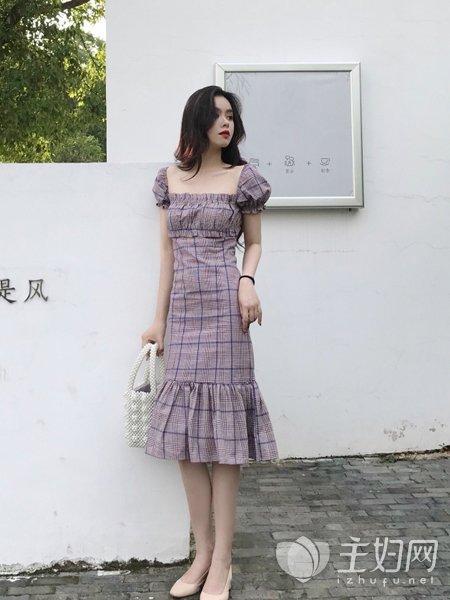 复古风风格连衣裙穿搭