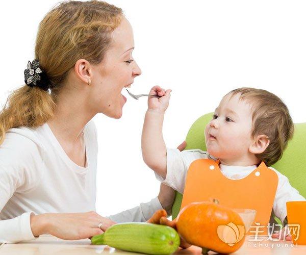给宝宝添加辅食的注意事项