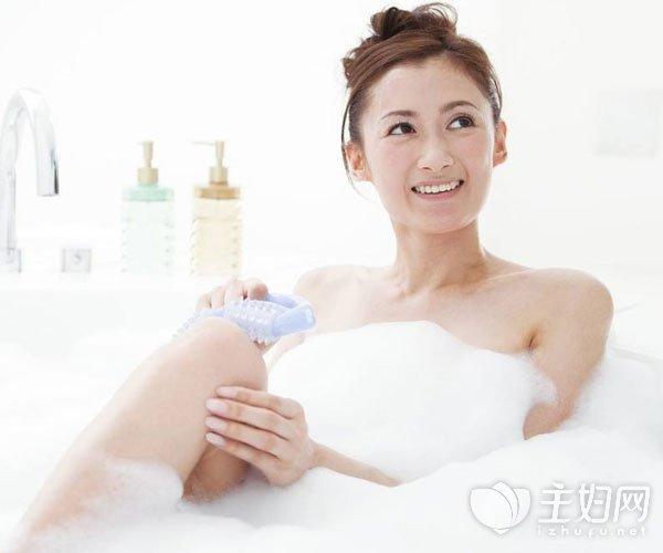 涂抹身体乳的最佳时机和方法