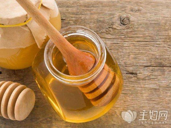 蜂蜜水什么时候喝比较好