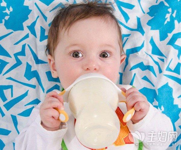 宝宝不爱喝奶粉的原因