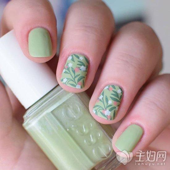 绿色美甲图案