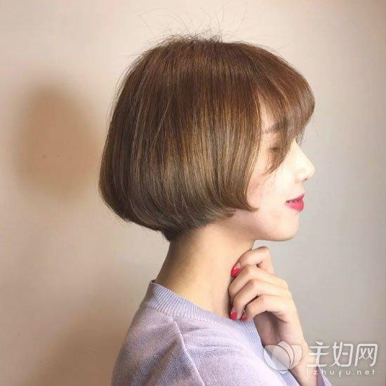 职场短发发型
