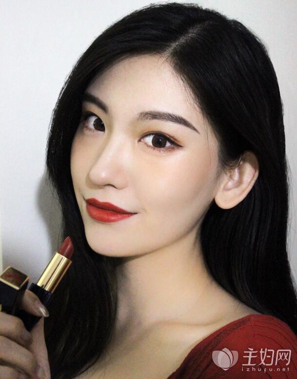 长发和短发八字刘海发型款式 圆脸女生最适合的发型图片