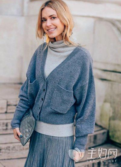高领毛衣怎么搭配图片