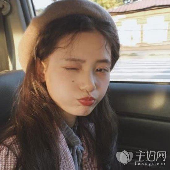 卷刘海长发
