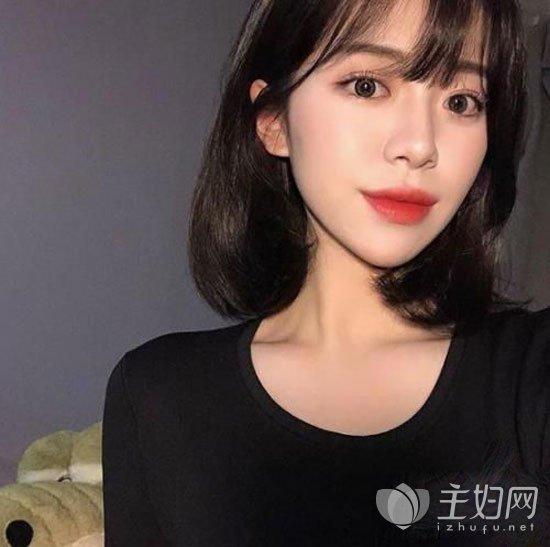2019女生流行短发造型精选 春节女生短发打理技巧分享图片