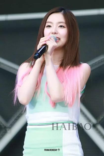 裴珠泫(Irene) 粉色头发造型