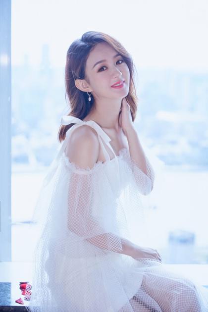 赵丽颖香甜造型