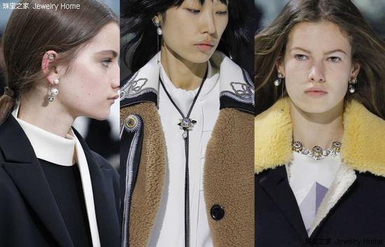 Louis Vuitton、Valentino 2018秋冬时装周模特佩带珍珠耳饰
