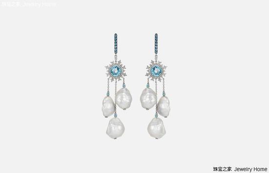 Nadine Aysoy Tsarina 耳环,18K白金,巴洛克珍珠,蓝色托帕石,钻石