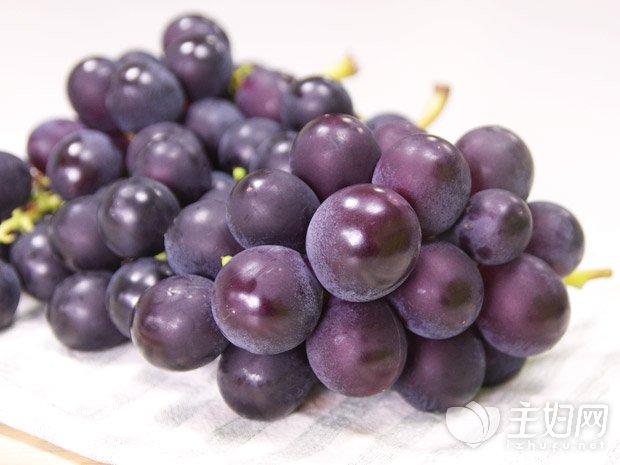 孕妇必吃的12种水果 (1).jpg