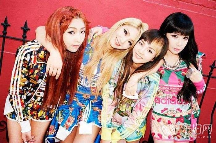 韩国四人女组合排名_韩国女子组合排名 少女时代不卖骚不露肉照样红