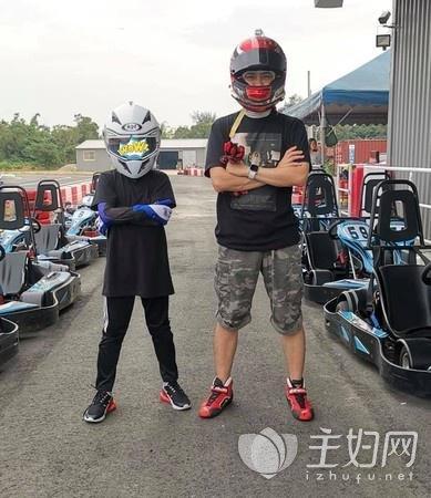 林志颖kimi是男是女|Kimi与林志颖赛车 Kimi身高引关注
