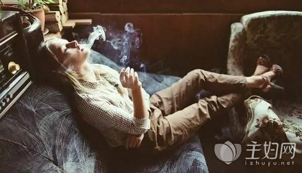 过度吸烟或致失明.jpg