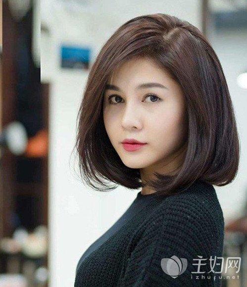2020年给圆脸流行发型(第六部分):韩国圆脸短发 !图片