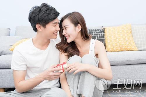 【美天棋牌】如何能够让婚后生活,像恋爱一样甜蜜呢?